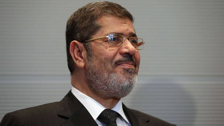 EXPELLED PRESIDENT MORSI OF EGYPT WAS BURIED AFTER THE COURTROOM DEATH