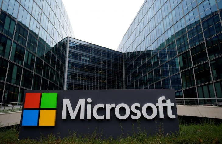 Microsoft's Windows Unit to Miss Quarterly Estimate Due to Slowed Production